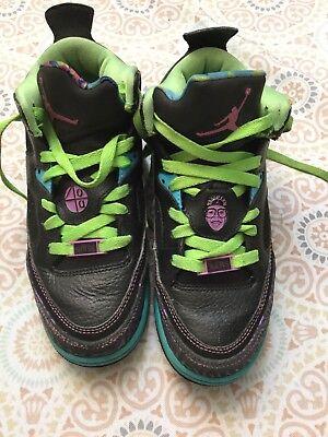 wholesale dealer 64cea 3d158 Jordan Son Of Mars Low Black Club Pink-Gamma Blue-Court Purple Sz. 4Y  Collectors