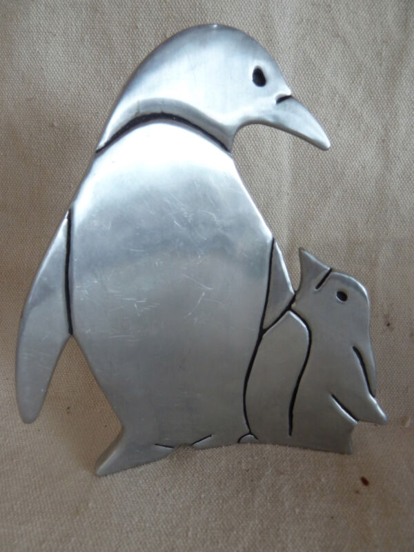 Pewter Penquins  Mom and Baby  Child  HMK.CDS