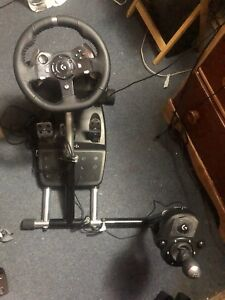BRAND NEW GAMING WHEEL PEDALS SHIFTER AND STAND. Logitech G920