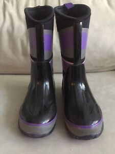 Cougar Boots - Size 3