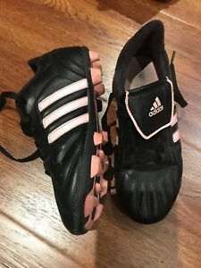 Girls adidas soccer cleats size US 3