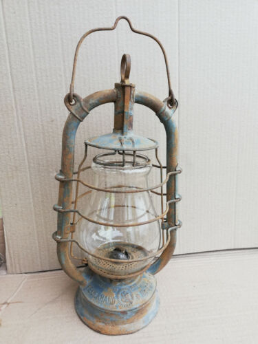 Antique kerosene lantern Feuerhand 305 windproof Retro oil lamp WW2 Germany