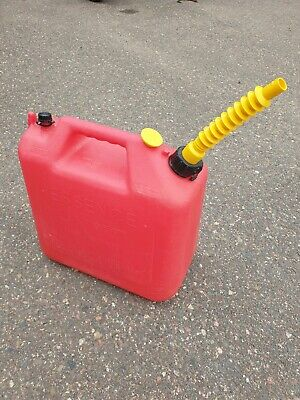 Vintage Wedco Essence 5 Gallon Vented Gas Can Model W-520