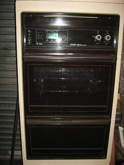 Chef Norfolk Delux Fan Forced wall oven