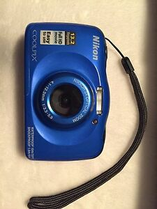 Nikon Coolpix waterproof