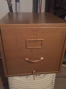 Single drawer filing Cabinet with attached inside folders