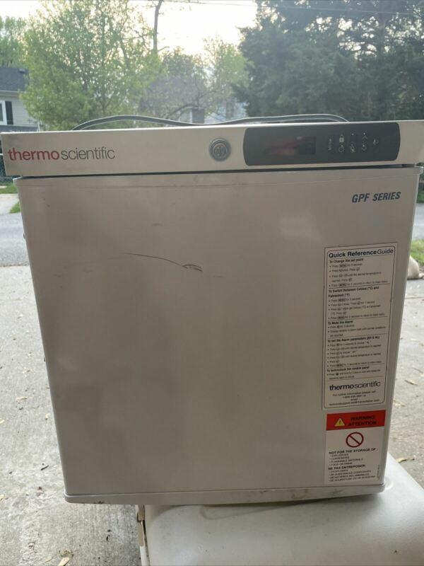 Thermo Scientific GPF Series -20°C Manual Defrost Countertop Freezer MF02PA