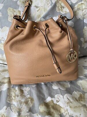 Michael Kors Leather Jules Large Drawstring Convertible Shoulder Bag Tan