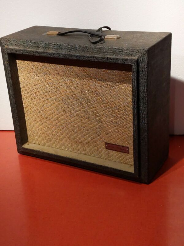 Vintage Sears Silvertone Amplifier Model Number 1481 All Original!
