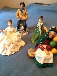 Royal Doulton ; Old Balloon Seller, Fleur