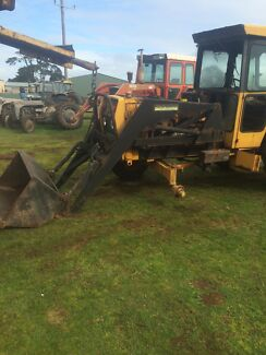 Tractor wrecking chamberlain front end loader Carpendeit Corangamite Area Preview