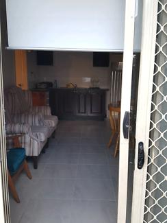 Granny flat- $280 p/w