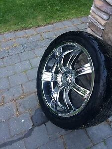"""22"""" Incubus alloy rims 305/40r22 Nitto terra grapplers"""