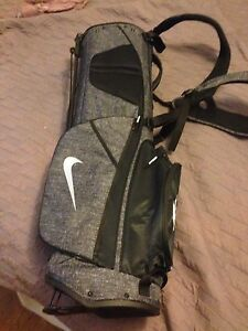 Unisex golf bag nike brand new with tags