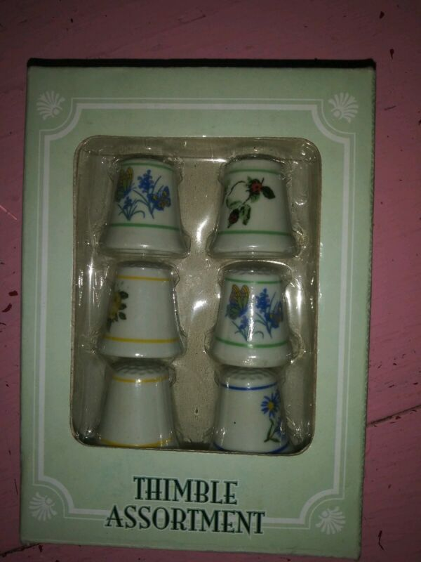 New nib vtg 6 assorted thimbles flowers floral and butterflies sewing country