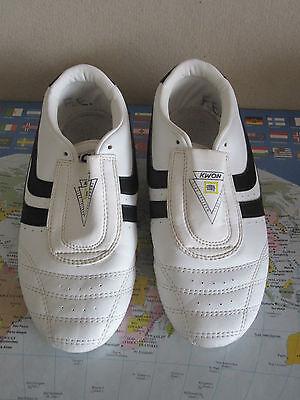 Kampfsport Indoor Trainings Turn Schuhe Chosun Plus weiß schwarz KWON® Gr. 39