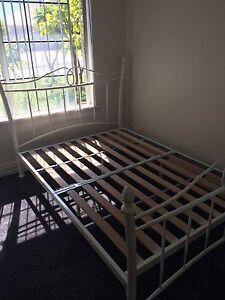 Metal double bed and mattress Wanneroo Wanneroo Area Preview