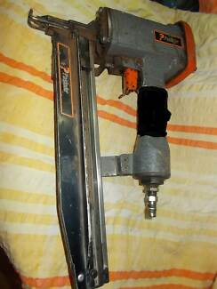 Paslode Air Nailer - 15-65mm - Fixing Gun