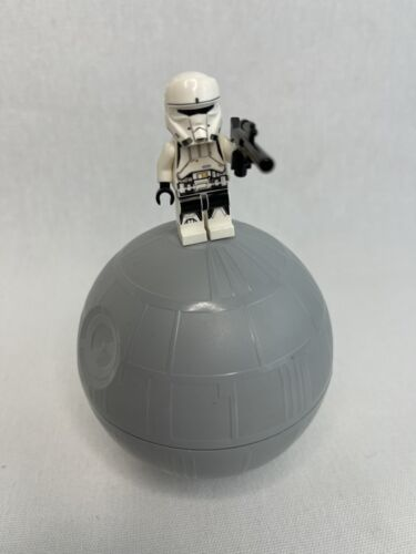 LEGO STAR WARS MINIATURE DEATH STAR 2 PIECES FROM 9676 GLOBE ONLY NO BUILD/FIG - $15.00