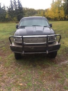Lifted 2000 Ford F-150