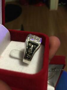 Antic Diamond & silver ring Alexander Heights Wanneroo Area Preview