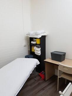 Room for rent in Leongatha clinic