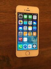 iPhone 5s, Silver, 16GB Westleigh Hornsby Area Preview