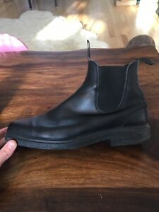 Blundstones. Chiseled toe. Size 11 UK or 12-12.5 US/CAD