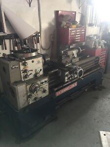 Ta Shing Metal machining lathe Cromer Manly Area Preview