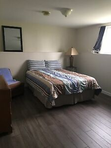 2 rooms for rent 25 mins to Bath hydro plant 8 mins to Napanee.