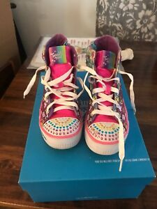 Girls Size 2 twinkle toes