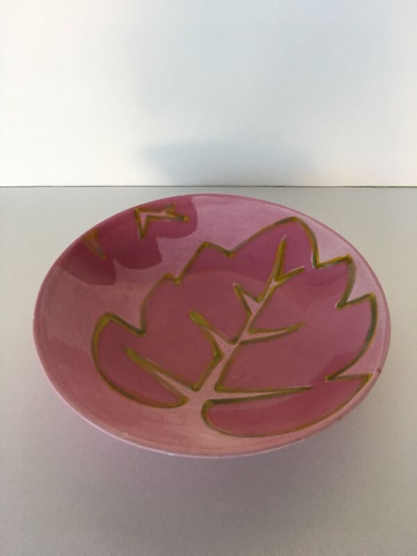 "Vietri Large Serving Bowl Pink Leaf Design Made In Italy 13"" Diameter"