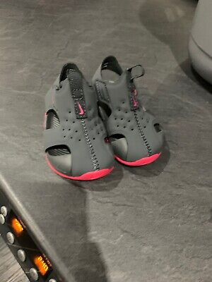 Girls Nike Sandals, Water Shoes, Flip Flops, Infant 3.5 UK Sunray Protect