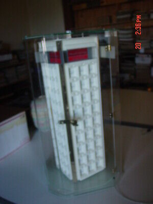 Jewelry Display Case Clear Acrylic Spins Has Anti-thief Cable Lock Key