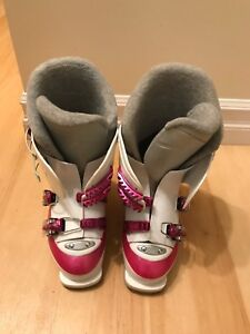 Size 23.5 Ski Boots