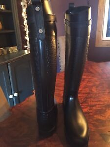 BNIB never worn genuine Michael Kors Boots, ladies 10