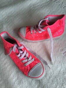 Sequinned hip hop shoes