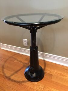 Industrial End Table - Steel base / glass top