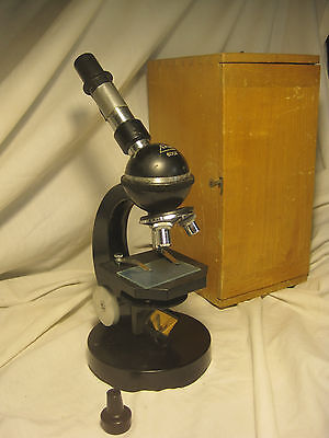 Vintage Eikow 600x Microscope Science Japan Heavy Duty Optical Optic W Case