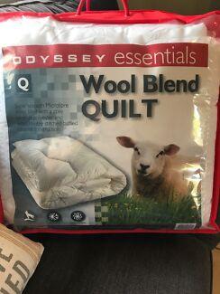 Wool blend quilt - queen