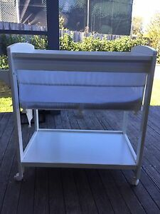 Childcare bassinet moveable North Narrabeen Pittwater Area Preview