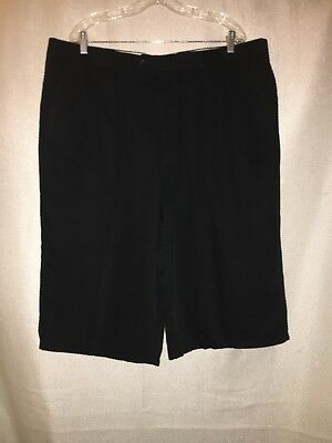 Canada Fit Shorts - MEN'S 42, BLACK, NATURAL FIT, PEATED SHORTS BY SANLORENZO!