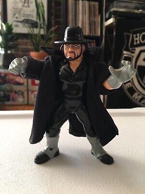 WWF Hasbro Series 8 Undertaker w/ Original Trench Coat! Action Works