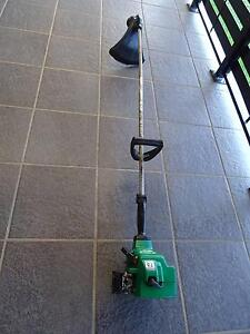 WEEDEATER STRAIGHT SHAFT TRIMMER - 2 STROKE - IN GREAT COND! Mount Druitt Blacktown Area Preview