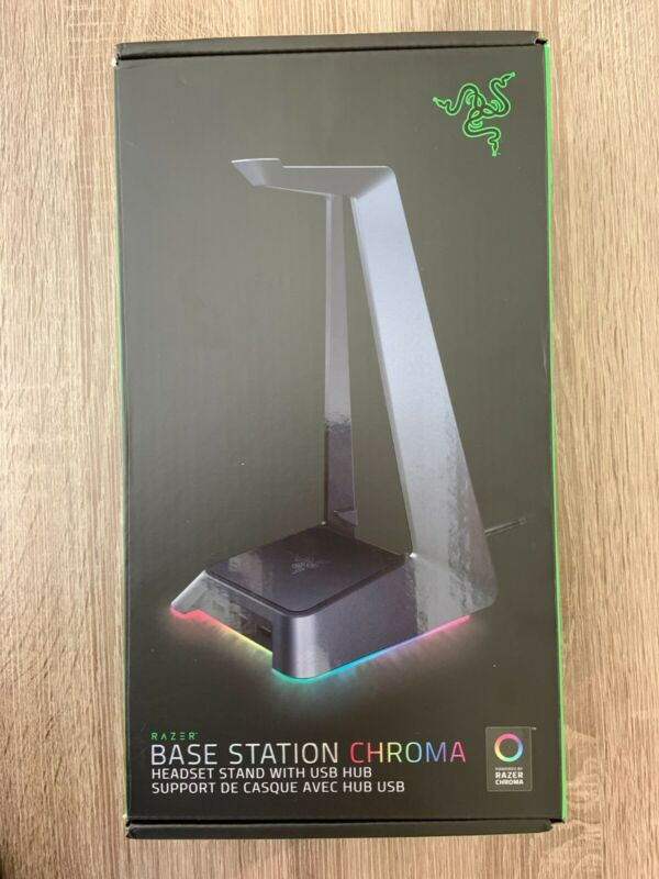 Razer Base Station/Headset Stand - Chroma (RC21-01190400-R3U1)