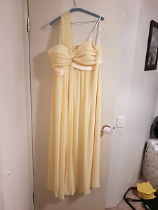 Evening Gown Stoneville Mundaring Area Preview