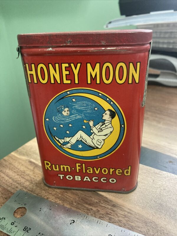 VINTAGE ADVERTISING EMPTY HONEY MOON VERTICAL POCKET TOBACCO Rum TIN Great Shape