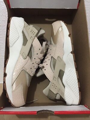 Brand New Nike Air Huarache Run PRM UK 5