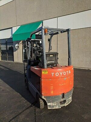 2003 Toyota Electric Forklift Truck With Side Shift V-mast 5000 Lbs 7fbcu30
