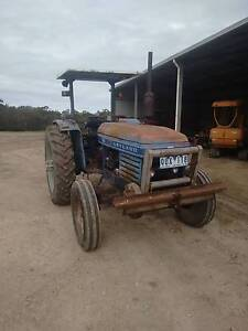 Tractor - Leyland 255 Cardinia Area Preview